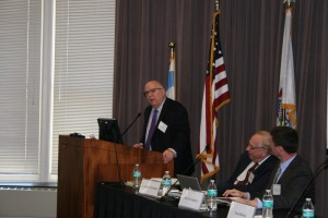Meterologist Tom Skilling spoke on a panel organized by John Marshall's Center for Real Estate regarding climate change.